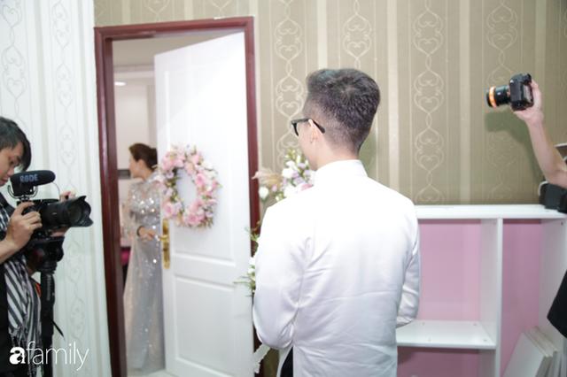 ĐỘC QUYỀN: Toàn cảnh lễ đưa dâu bằng dàn siêu xe hơn 100 tỷ của con gái đại gia Minh Nhựa, quà cưới toàn vàng, kim cương đeo đỏ tay - Ảnh 5.
