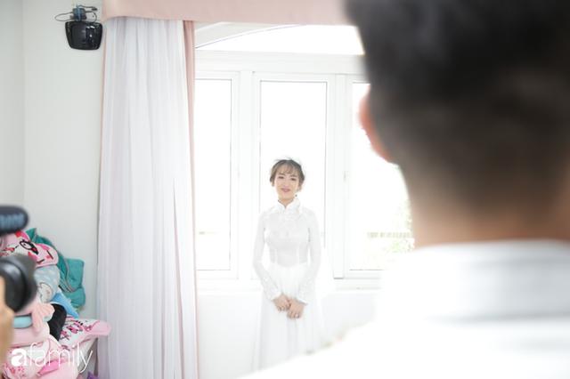 ĐỘC QUYỀN: Toàn cảnh lễ đưa dâu bằng dàn siêu xe hơn 100 tỷ của con gái đại gia Minh Nhựa, quà cưới toàn vàng, kim cương đeo đỏ tay - Ảnh 7.
