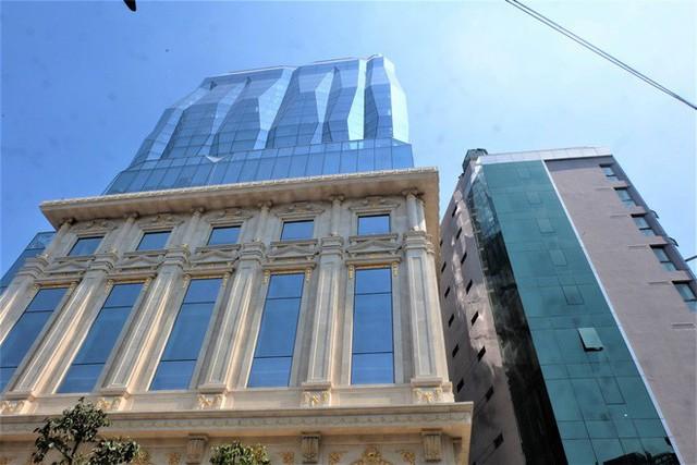 Ngắm tòa nhà hình viên kim cương khổng lồ siêu độc ở Hà Nội - Ảnh 2.