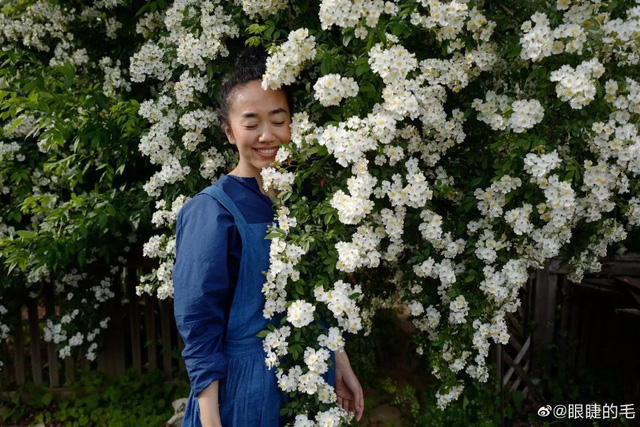 Cô gái trẻ bỏ ra 1,3 tỷ đồng cải tạo đất, mua giống hoa, biến sân nhà thành khu vườn đẹp lung linh  - Ảnh 29.