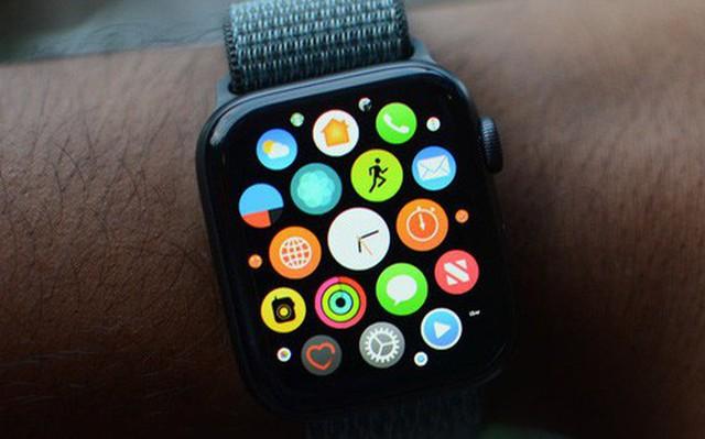 "Vi sao Apple Watch khong ""chet""?"