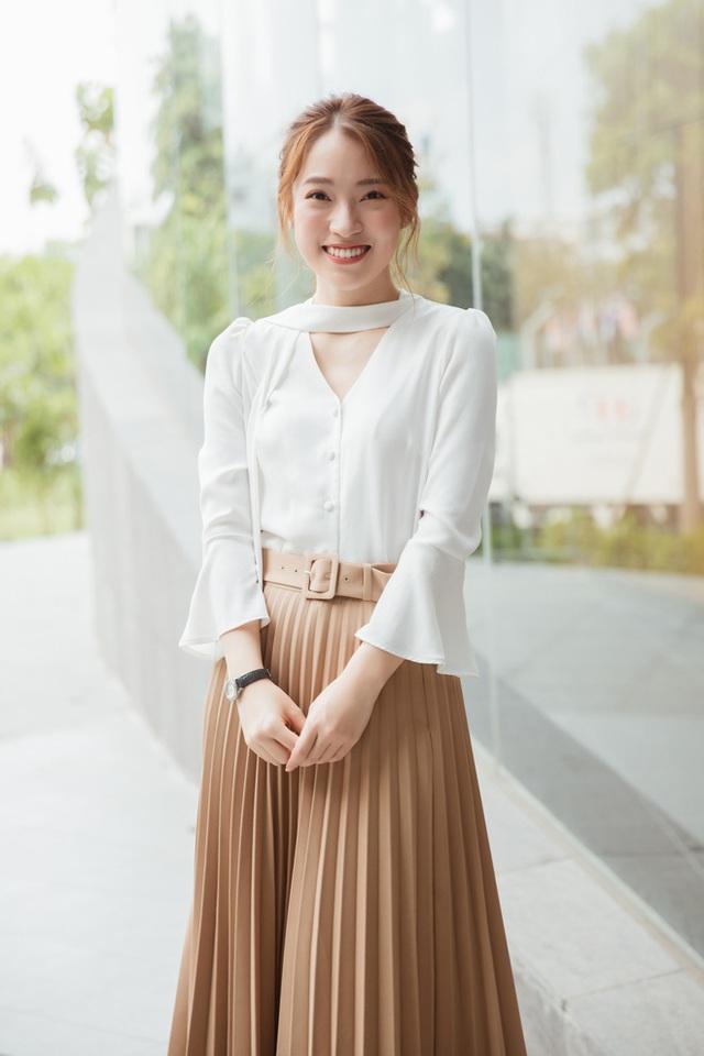 Hotgirl Khánh Vy chia sẻ 50 điều làm được ở tuổi 20: Mua xe, mua đất cho bố mẹ, 7 thứ tiếng, kênh Youtube... - Ảnh 6.