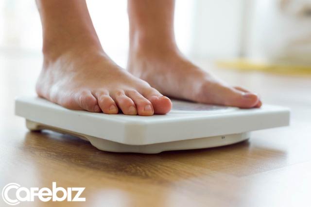 Giảm béo với giảm cân có giống nhau? Sự hiểu nhầm này khiến nhiều người mất cả thời gian và tiền bạc cũng không đẹp lên nổi - Ảnh 1.