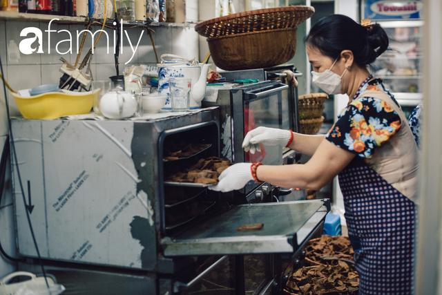 Quốc Hương - tiệm giò chả cứ đến Tết là người Hà Nội xếp hàng dài mua đồ và chuyện thách cưới giờ mới kể của bà chủ nức tiếng đẹp người đẹp nết - Ảnh 22.