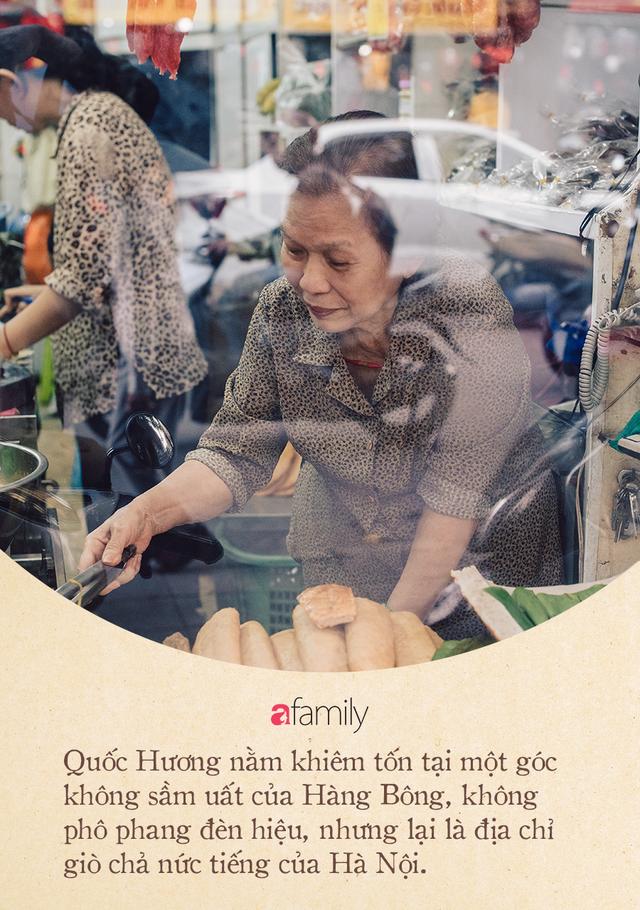 Quốc Hương - tiệm giò chả cứ đến Tết là người Hà Nội xếp hàng dài mua đồ và chuyện thách cưới giờ mới kể của bà chủ nức tiếng đẹp người đẹp nết - Ảnh 6.
