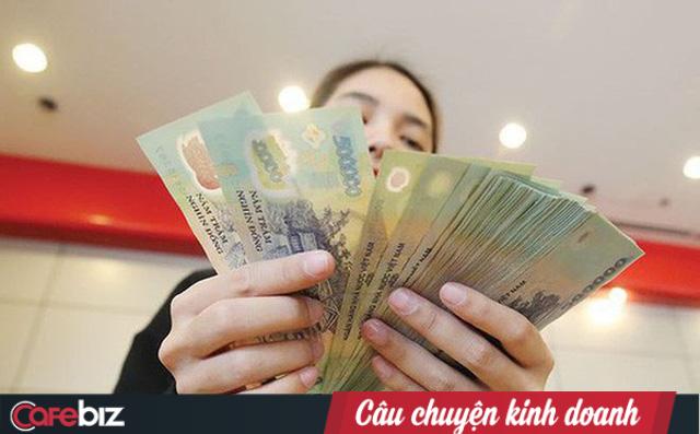 Sự thật nhiều người lao động không biết: Lương tháng 13, thưởng Tết đều không phải là khoản doanh nghiệp bắt buộc phải trả! - Ảnh 1.