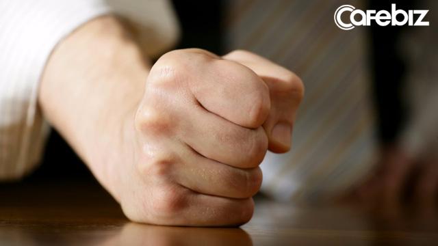 10 việc tuyệt đối đừng làm trong công ty kẻo rước họa vào thân: Đọc xem vì sao bạn mãi chưa được thăng tiến, tăng lương! - Ảnh 2.