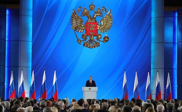 [NÓNG]: TT Putin đề xuất điều chỉnh quyền lực của Tổng thống, ưu tiên hiến pháp Nga hơn luật pháp quốc tế - Ảnh 3.
