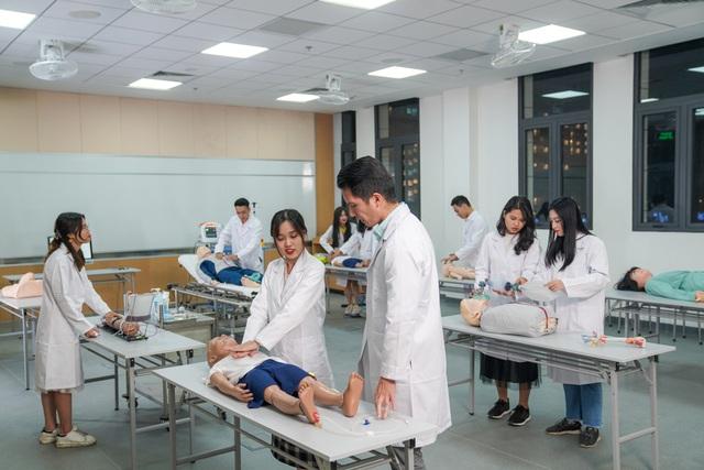 Cận cảnh Đại học tinh hoa VinUni: Đại học tư thục phi lợi nhuận đầu tiên của Việt Nam, vốn đầu tư lên tới 6.500 tỷ đồng, không gian đẹp không kém các trường châu Âu - Ảnh 4.