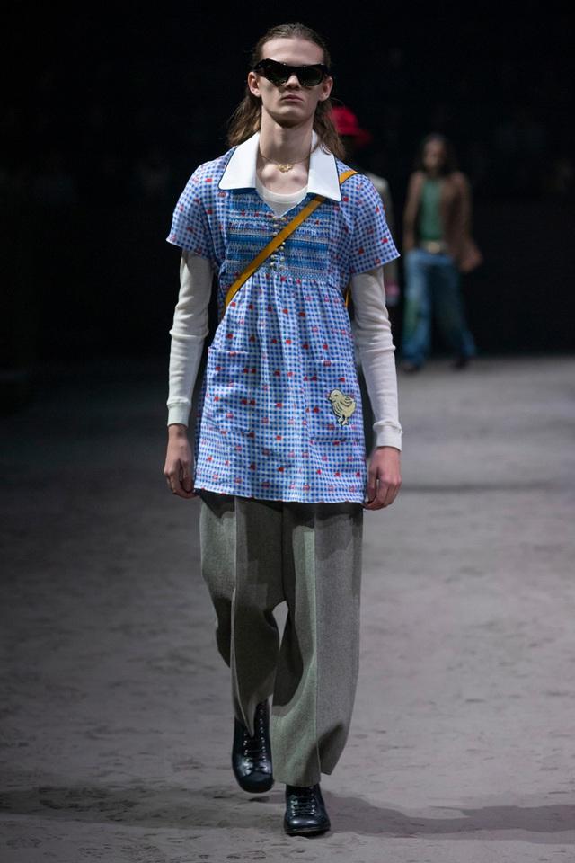 """Gây bão với logo nguệch ngoạc, bộ sưu tập mới của Gucci lại bị chê tơi tả: NTK Đỗ Mạnh Cường thừa nhận """"không cảm được""""! - Ảnh 5."""