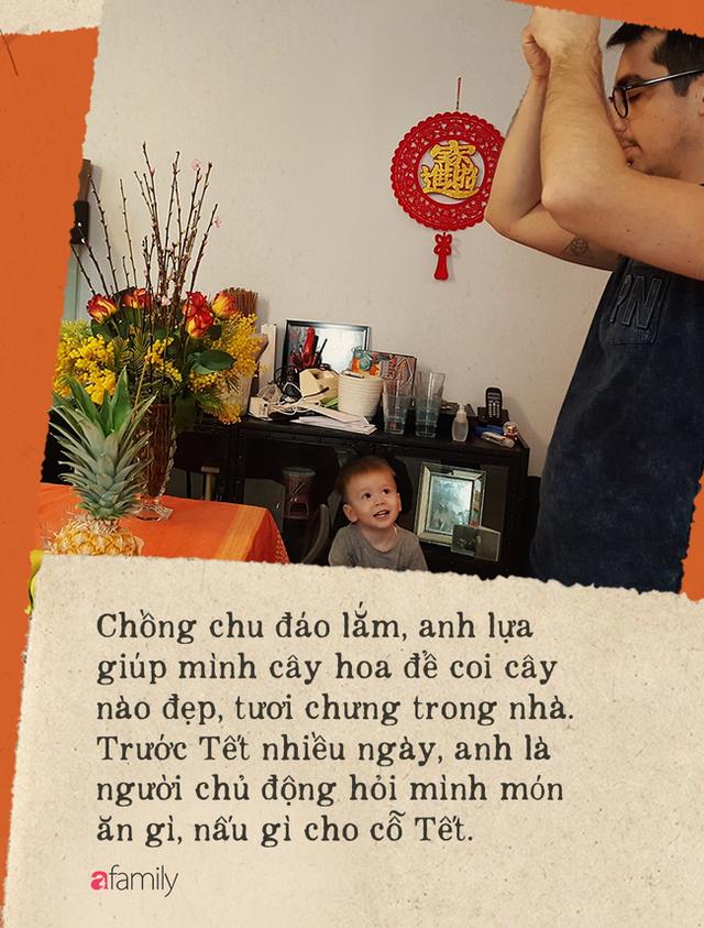 Gái Việt lấy chồng Tây: Chồng lao vào sắm sửa cho vợ bê cả Tết Việt Nam sang xứ người, phản ứng của bố mẹ chồng mới thú vị - Ảnh 4.