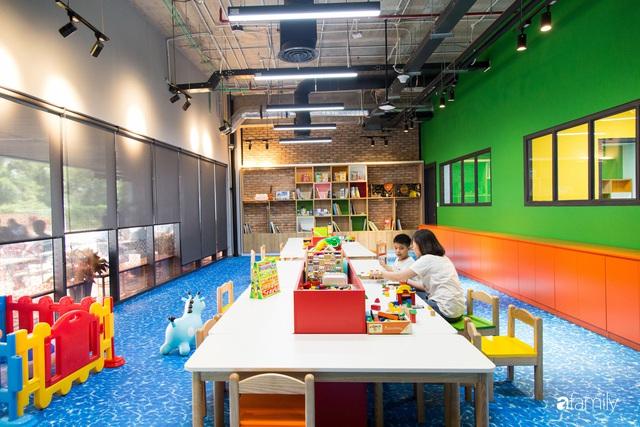 3 văn phòng đẹp và hiện đại bậc nhất Việt Nam, số 2 có cả tiệm cà phê, phòng gym, nhà giữ trẻ bên trong - Ảnh 20.