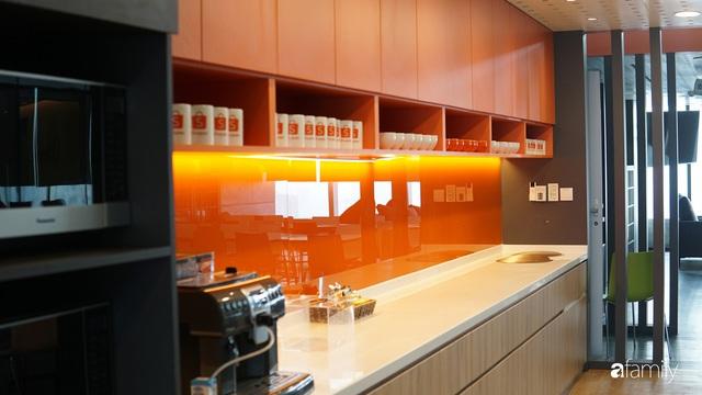 3 văn phòng đẹp và hiện đại bậc nhất Việt Nam, số 2 có cả tiệm cà phê, phòng gym, nhà giữ trẻ bên trong - Ảnh 5.