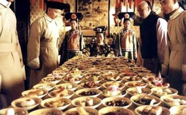 Hoàng đế nhà Thanh rốt cục ăn gì mà mỗi năm tốn gần 15.000 lượng bạc cho chuyện ăn uống? - Ảnh 4.