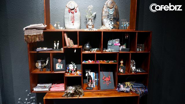 Nhà sáng lập theMay: Với tôi, nước Nhật không hấp dẫn bằng những trang sức phụ kiện đậm đà bản sắc các dân tộc Việt Nam - Ảnh 3.