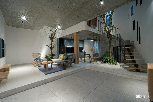 Ngôi nhà đẹp mộng mơ với cây xanh và ánh sáng của chủ nhà say đắm cúc họa mi ở miền Trung - Ảnh 4.