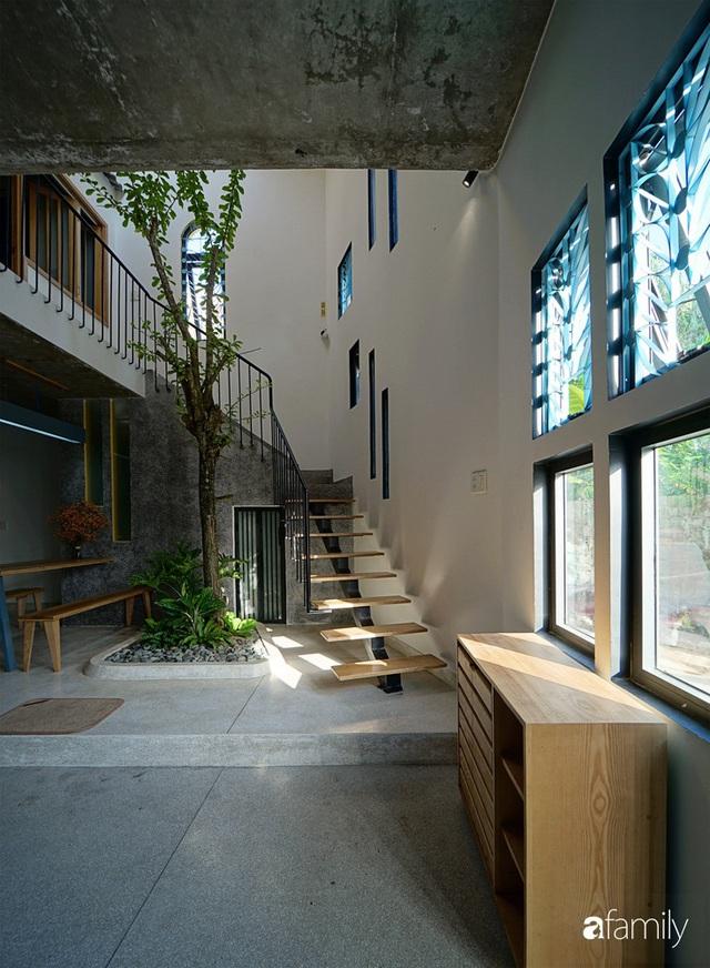 Ngôi nhà đẹp mộng mơ với cây xanh và ánh sáng của chủ nhà say đắm cúc họa mi ở miền Trung - Ảnh 9.