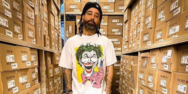 Gã vô gia cư từng 'ăn bám' nhà vợ trở thành ông chủ thành đạt: Biến 40 USD thành 1 triệu USD chỉ trong 3 tháng nhờ những đôi sneaker mua đi bán lại - Ảnh 2.