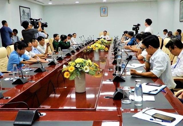 166 người Trung Quốc đến Đà Nẵng du lịch sẽ bay trực tiếp về lại Vũ Hán vào tối nay - Ảnh 1.