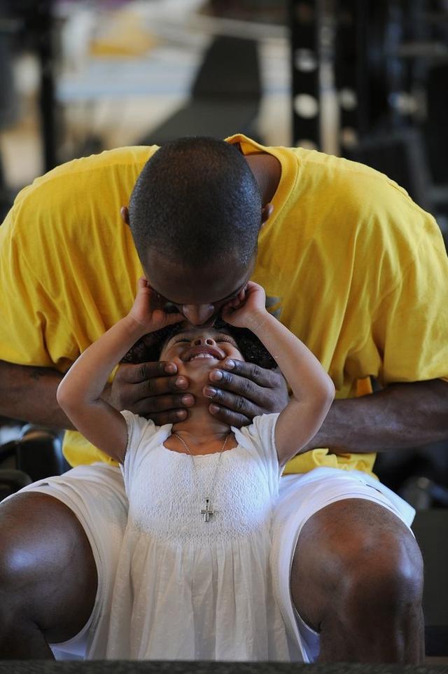 Gianna Maria-Onore Bryant: Cô gái bé bỏng cùng ước mơ kế tục di sản Black Mamba của huyền thoại bóng rổ Kobe Bryant - Ảnh 3.