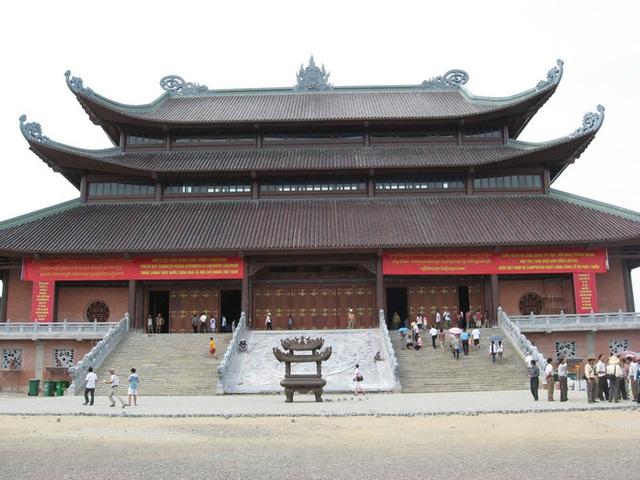 10 ngôi đền, chùa linh thiêng nhất miền Bắc nên đi lễ đầu năm 2020 để cầu bình an và may mắn - Ảnh 3.