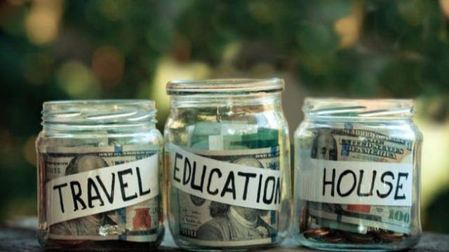 2020 rồi, ngay từ bây giờ hãy lên kế hoạch tài chính cho bản thân: Tiết kiệm nhiều hơn, trả hết nợ và chi tiêu ít đi! - Ảnh 1.
