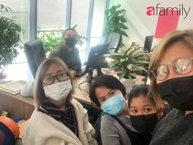 Lo sợ cúm Corona bùng phát, một công ty ở Hà Nội lì xì mỗi nhân viên 1 hộp khẩu trang trong ngày đầu đi làm - Ảnh 1.