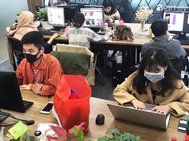 Lo sợ cúm Corona bùng phát, một công ty ở Hà Nội lì xì mỗi nhân viên 1 hộp khẩu trang trong ngày đầu đi làm - Ảnh 11.
