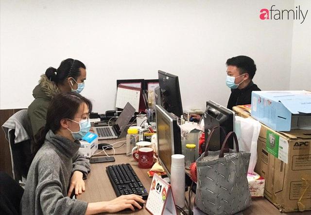 Lo sợ cúm Corona bùng phát, một công ty ở Hà Nội lì xì mỗi nhân viên 1 hộp khẩu trang trong ngày đầu đi làm - Ảnh 10.