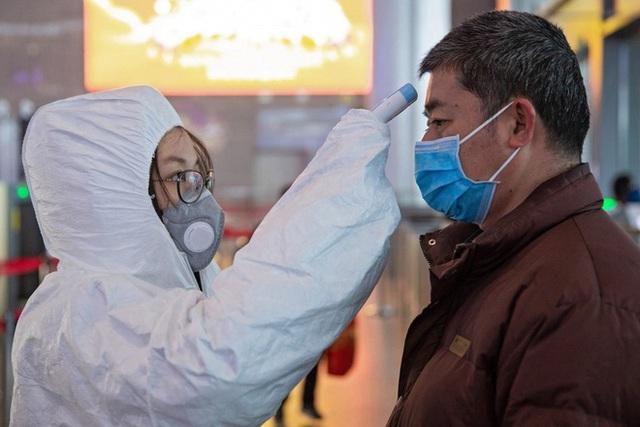 Công bố mới từ Trung Quốc: Đàn ông dễ nhiễm virus Corona hơn hẳn phụ nữ - Ảnh 1.