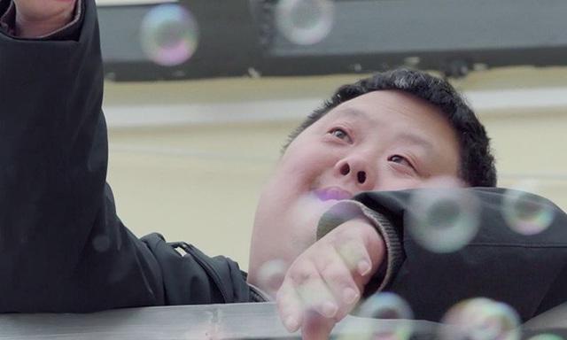 Chu Châu - Nhạc trưởng chỉ huy cả dàn nhạc nhưng có IQ chỉ bằng đứa trẻ 3 tuổi khiến thế giới ngỡ ngàng  - Ảnh 3.