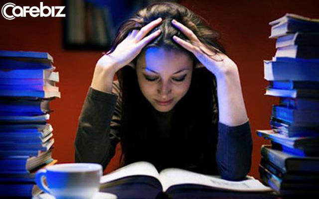 Thất bại của một người thường bắt đầu từ việc thức khuya: Cú đêm lâu dài tương đương với tự tử mãn tính!  - Ảnh 1.
