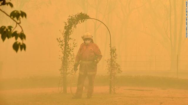Nền du lịch Úc thiệt hại nặng nề vì thảm hoạ cháy rừng, loạt ảnh Before/After càng khiến cả thế giới xót xa hơn - Ảnh 2.
