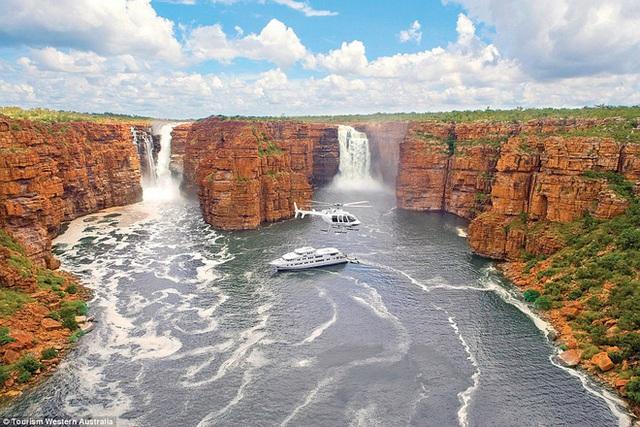 Nền du lịch Úc thiệt hại nặng nề vì thảm hoạ cháy rừng, loạt ảnh Before/After càng khiến cả thế giới xót xa hơn - Ảnh 9.