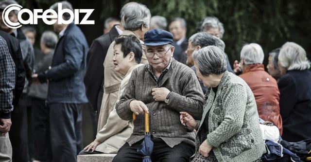 Người già Trung Quốc cô đơn, tìm bạn tình ngoài công viên khiến bệnh HIV bùng phát - Ảnh 3.