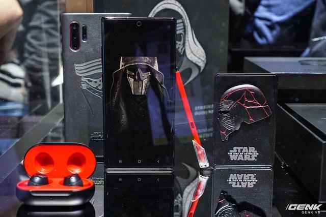 [CES 2020] Cận cảnh Galaxy Note10+ phiên bản đặc biệt dành riêng cho fan Star Wars - Ảnh 2.