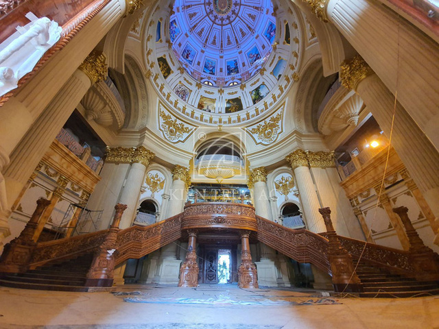 Cận cảnh bên trong tòa lâu đài dát vàng nghìn tỷ của đại gia Ninh Bình - Ảnh 7.