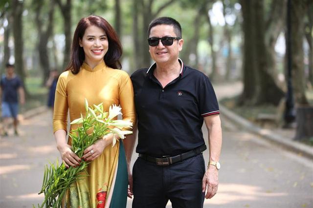 NSƯT Chí Trung thừa nhận bản thân đã già và lẫn tới mức phải đi vay tiền bạn gái kém tuổi để mừng tuổi người thân - Ảnh 2.