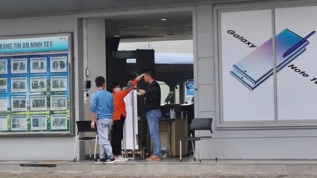 Cách Samsung duy trì hoạt động nhà máy 60.000 công nhân giữa bão dịch virus corona - Ảnh 2.
