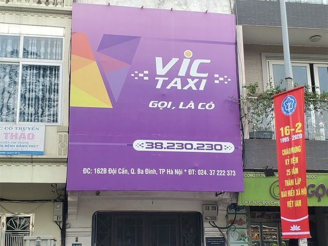 Tài xế Vic Taxi tắt đàm, bỏ làm kéo đến trụ sở hãng biểu tình - Ảnh 10.
