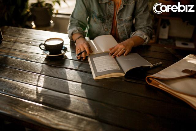 Những người giàu có thể khác nhau về ý tưởng, tư duy, cách vận hành... nhưng luôn có 1 thứ cố định, đó là THÓI QUEN: 5 thói quen cải biến ngoạn mục đời bạn! - Ảnh 1.