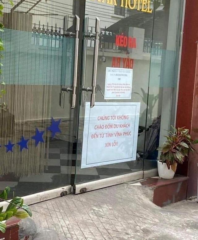 Khách sạn treo biển cẩm khách Vĩnh Phúc: Cư dân mạng tranh luận trái chiều - Ảnh 1.