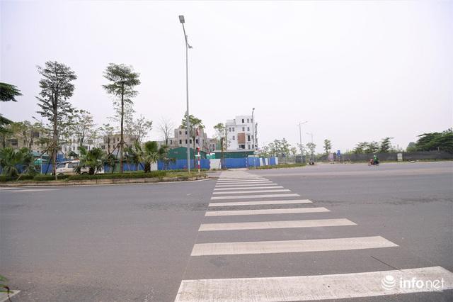 Hà Nội: Cận cảnh tuyến đường Nguyễn Xiển - Xa La nghìn tỷ vừa thông xe - Ảnh 5.