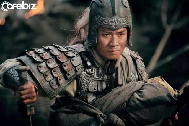 Công Tôn Toản có 3 danh tướng, Tào Tháo, Lưu Bị mỗi người sở hữu một người, người còn lại cũng lợi hại không kém - Ảnh 2.