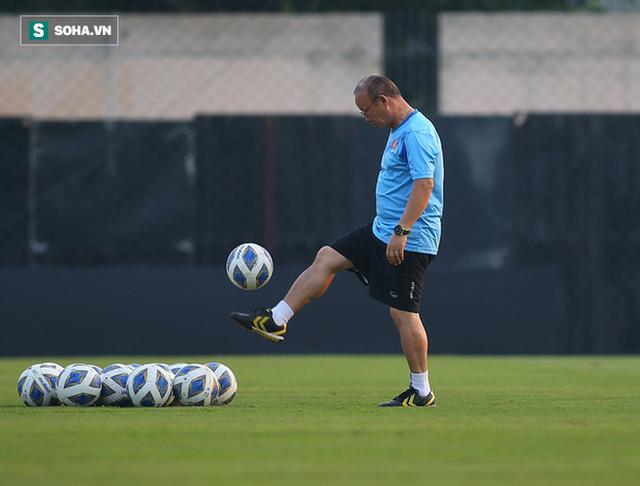 HLV Park Hang-seo lùi ngày trở lại Việt Nam vì lý do bất khả kháng - Ảnh 1.