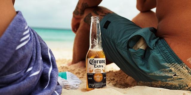 """Hãng bia Corona Extra """"dở khóc dở cười"""" vì dịch: Nằm im cũng bị réo tên, người Việt tìm kiếm nhiều nhất nhưng """"mừng"""" vì được marketing miễn phí - Ảnh 4."""