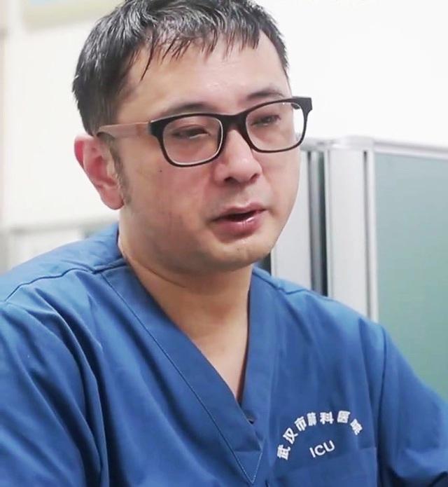 Bác sĩ ICU Vũ Hán chia sẻ chân thực: Các bệnh nhân nặng của đồng nghiệp đều tử vong, lấp đầy phòng bệnh chỉ cần 1 giờ - Ảnh 1.
