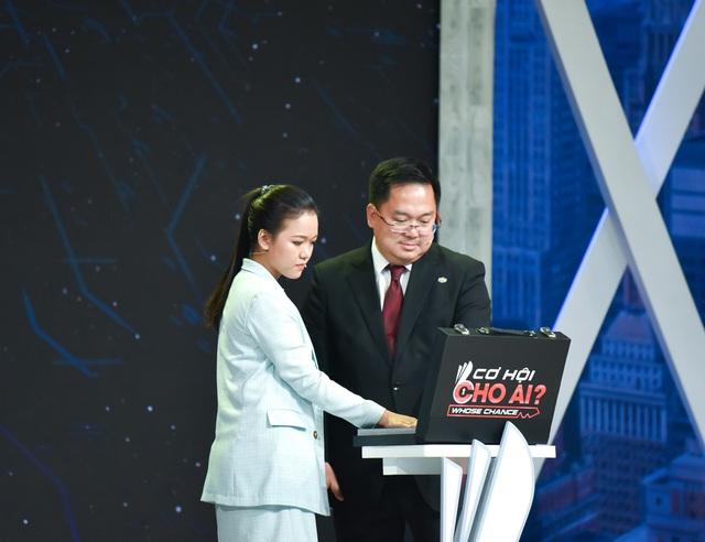 Chủ tịch FPT Software Hoàng Nam Tiến: Các bạn trẻ không nên học thạc sỹ quá sớm, mà đi làm 5 năm rồi hãy đi học! - Ảnh 1.