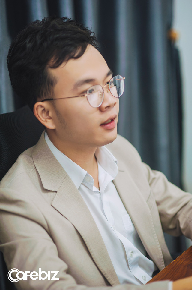 9x Quảng Ngãi lập nghiệp ở Hà Nội, tự thân gây dựng hệ thống 40 tiệm ảnh viện, 1 công ty truyền thông, 1 xưởng may thời trang và 1 tạp chí giấy - Ảnh 1.