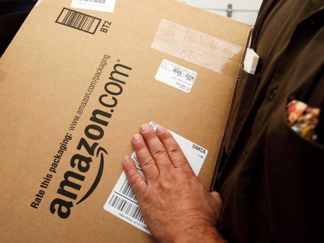 Chấp nhận bỏ ra 1,5 tỷ USD để cam kết giao hàng trong 24 giờ, Amazon thắng đậm trước Walmart - Ảnh 2.